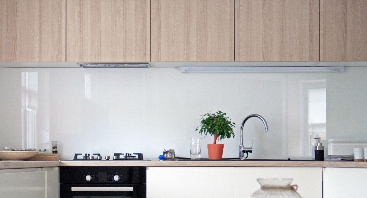 zagreb-apartment-kitchen-counter