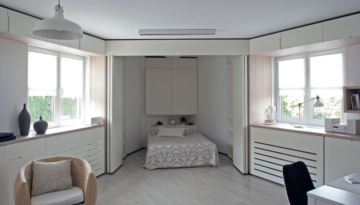 zagreb-apartment-sleeping-area-behind-folding-doors