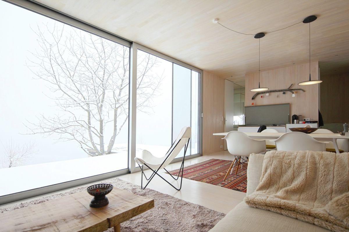 Casa Invisible View