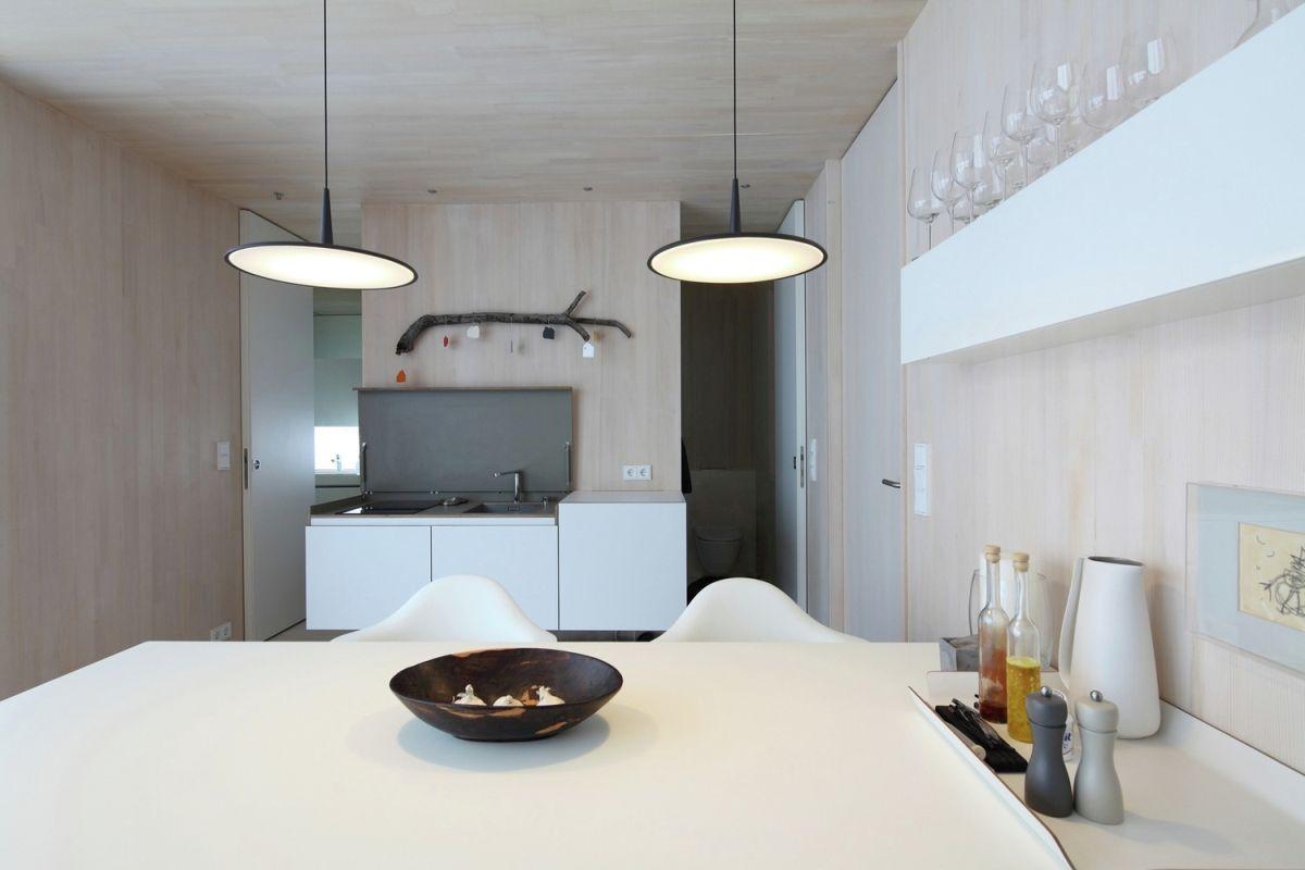 Casa Invisible concept dining area