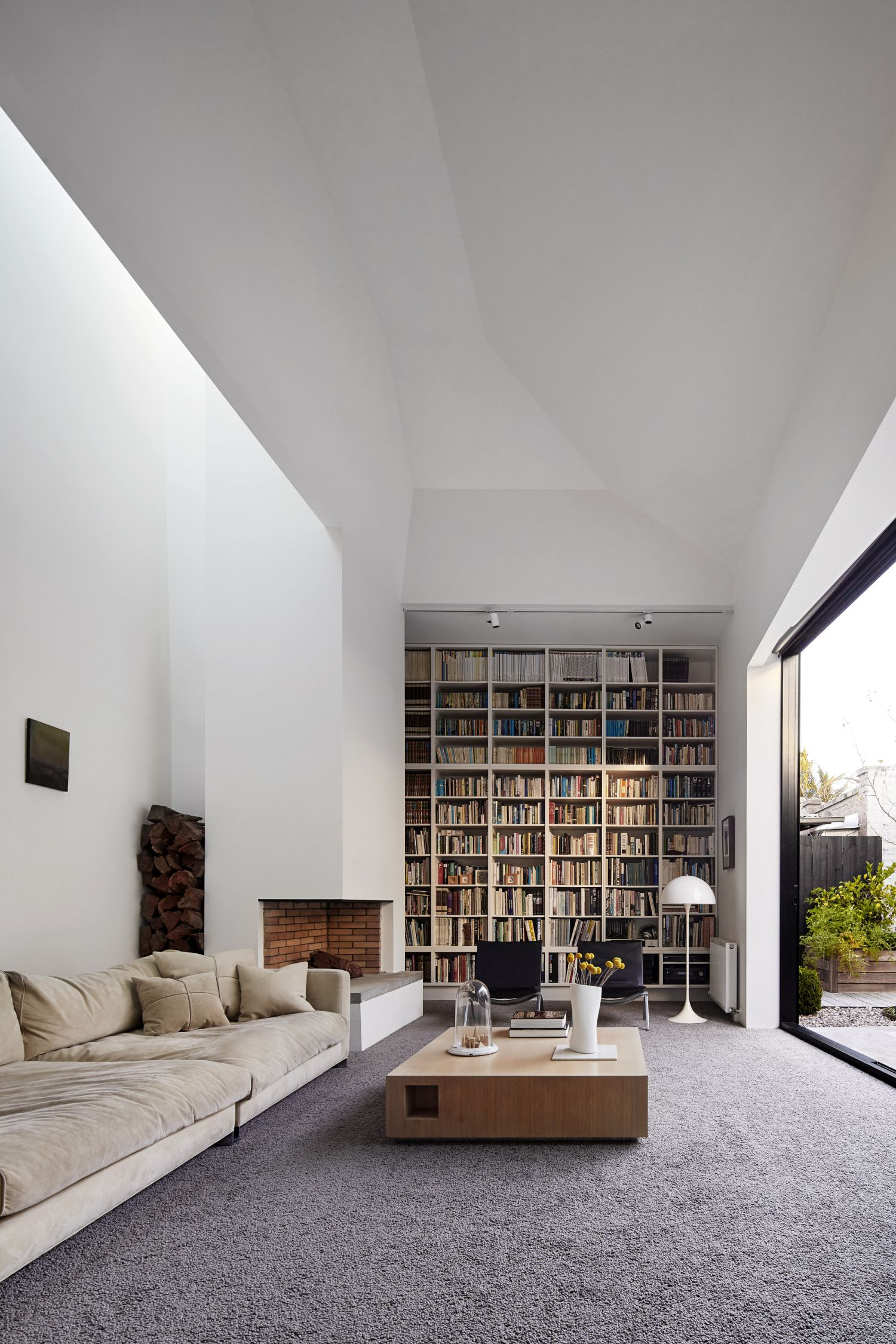 Coy Yiontis Architects Home Library