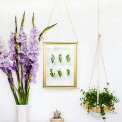 Leaf Art – DIY Hanging Gold Frame