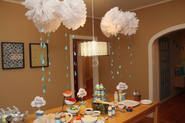 Tischdekoration für Babyparty