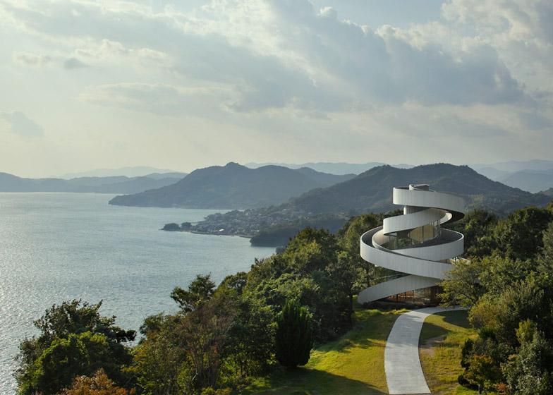Hiroshi Nakamura Chapel view