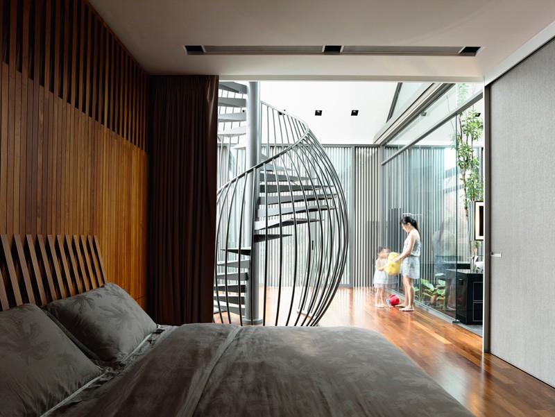 Metalic HYLA Design A Contemporary Home
