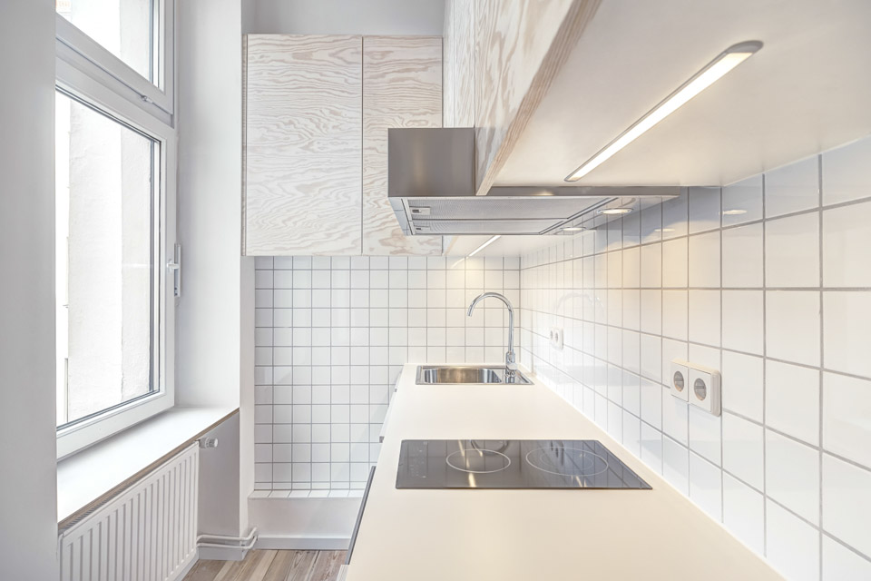 Micro Apartment in Moabit Spamroom Small and Compact Kitchen