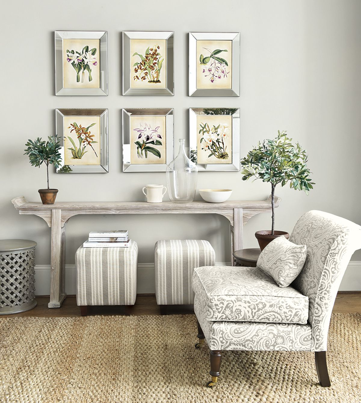How to use neutral colors without being boring a room by for Decorating with neutral walls