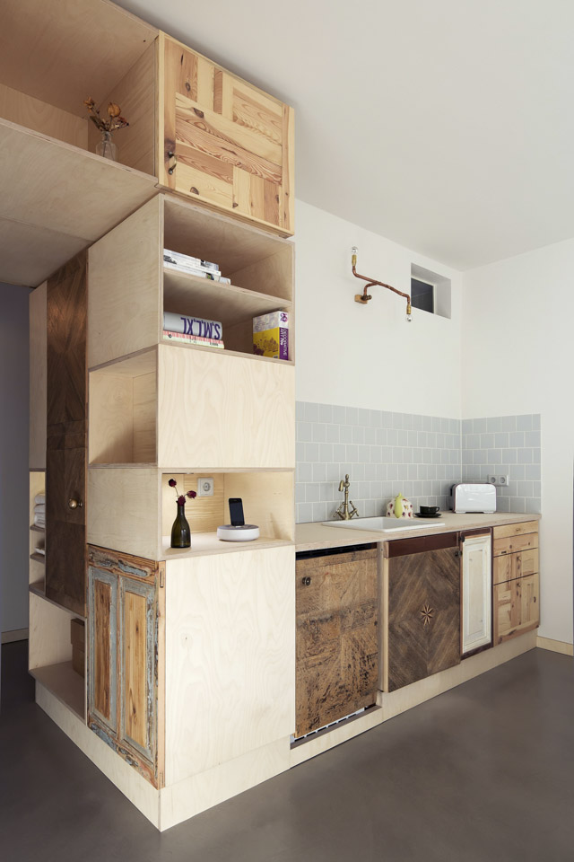 Plus One Small Apartment in Berlin Sink