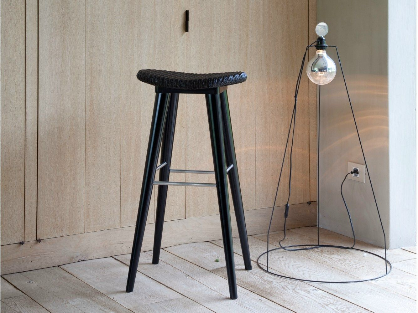 Posa bar stool rattan on top