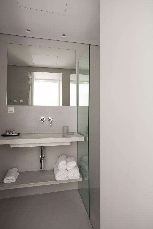 Relux Ios Island Hotel tiny bathroom