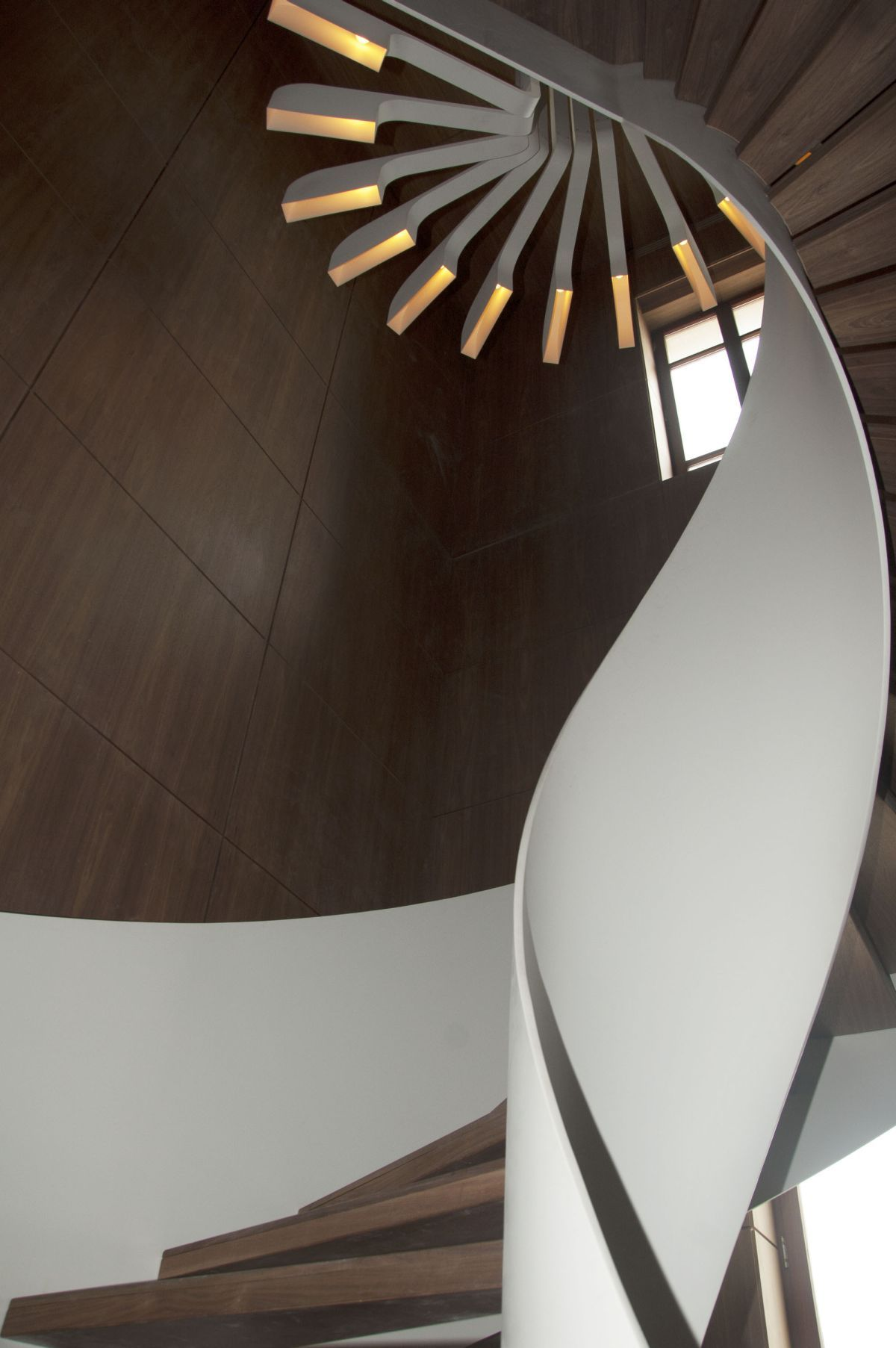 Residence Staircase Design by PSLAB