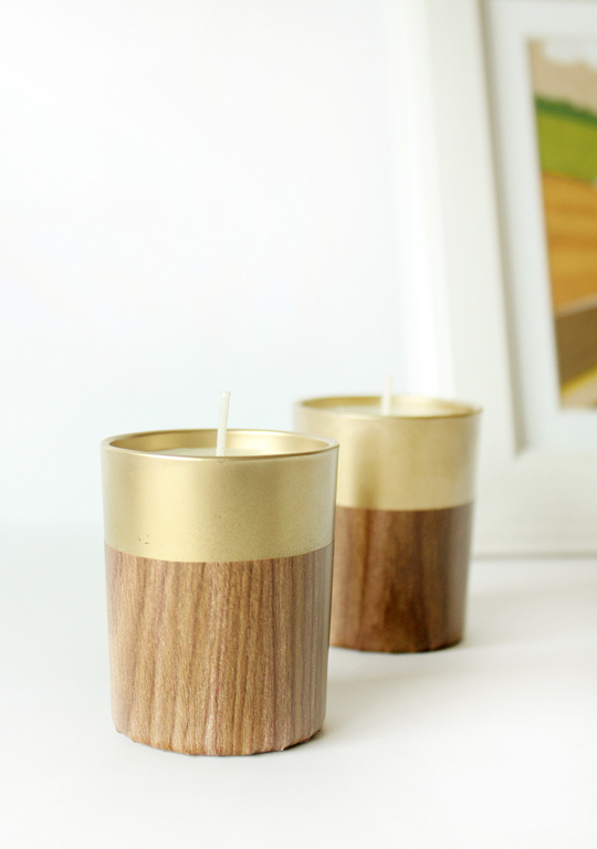 Retro faux wood candles