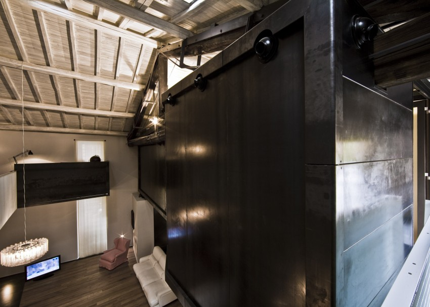 Rome stables converted into loft apartment metal tunnel side