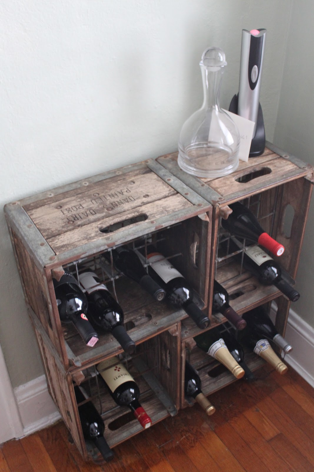 crate wine rack 15 methods to turn wine crates into something else 30215