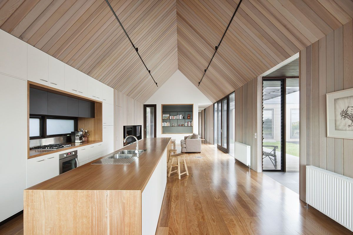 Seaview house kitchen