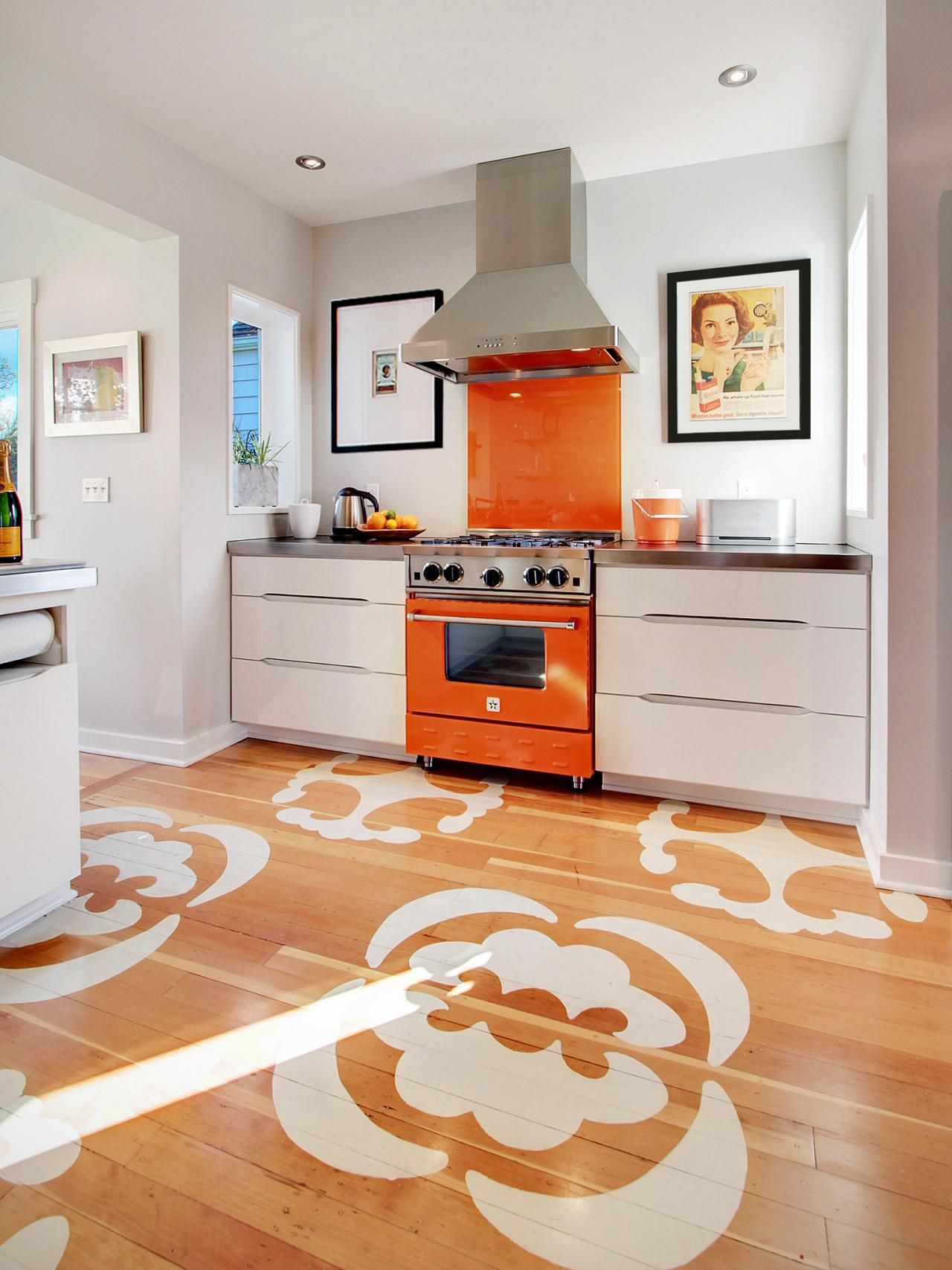 An easy guide to kitchen flooring stencil the kitchen floor dailygadgetfo Gallery