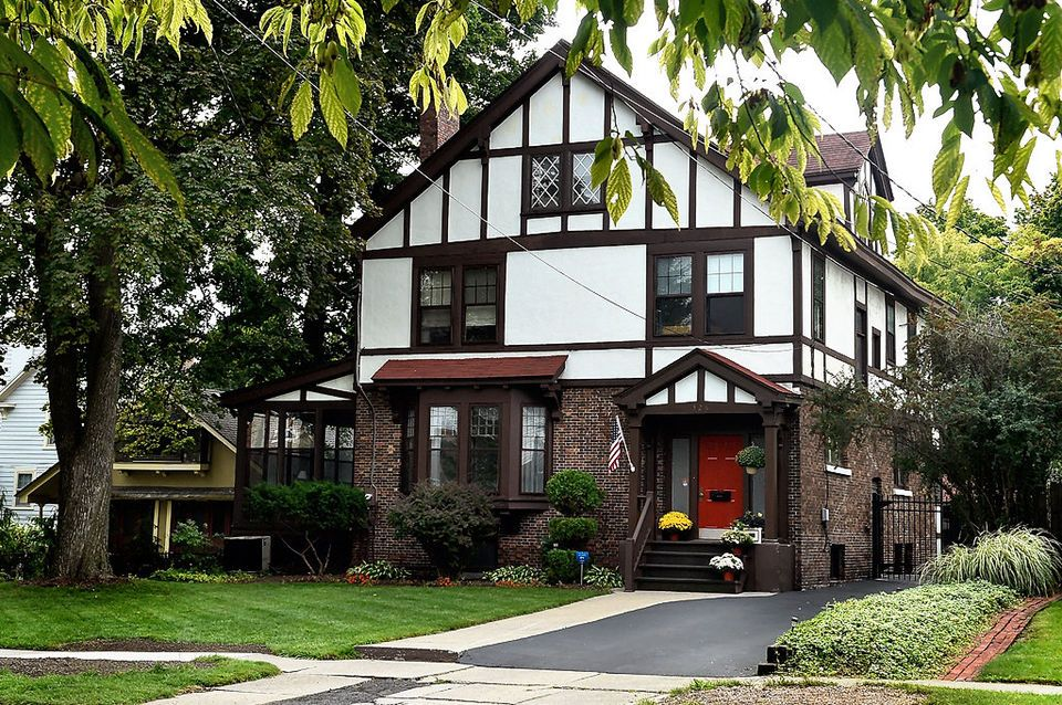 Tudor revival style in Syracuse