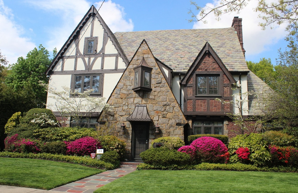 20 tudor style homes to swoon over Old style homes built new