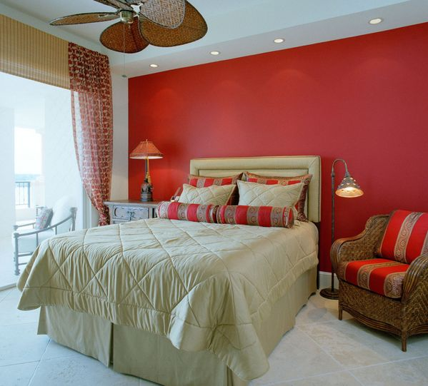 Wall behind the bed in red