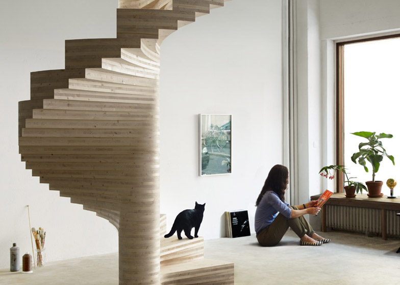Wooden Risa Spiral Staircase