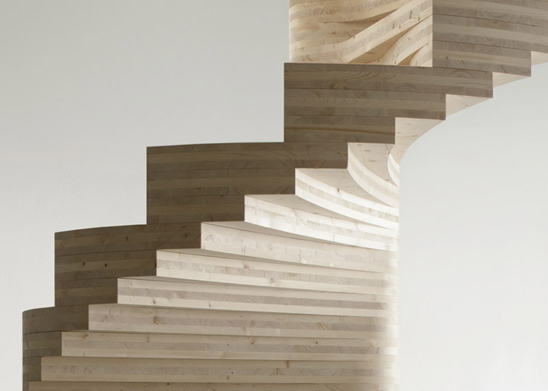 Wooden Risa Spiral Staircase2