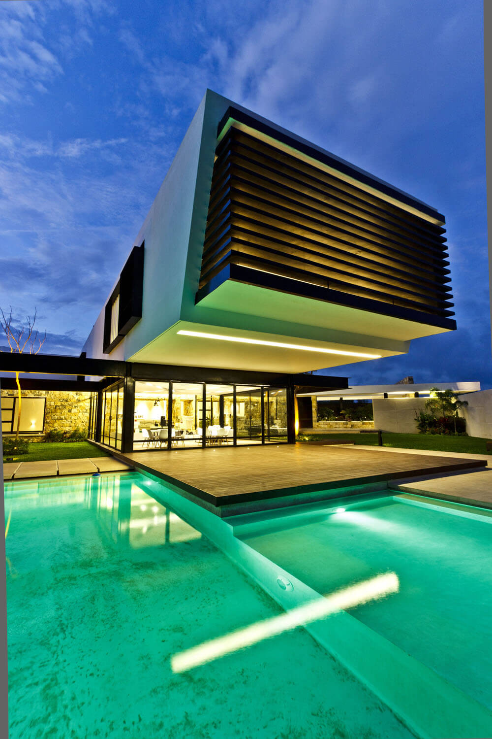 Yucatan cantilevered house closeup by the pool