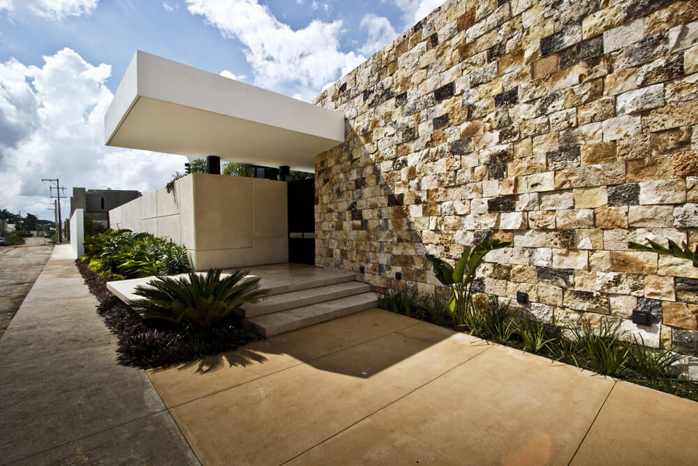 Yucatan cantilevered house exterior walls