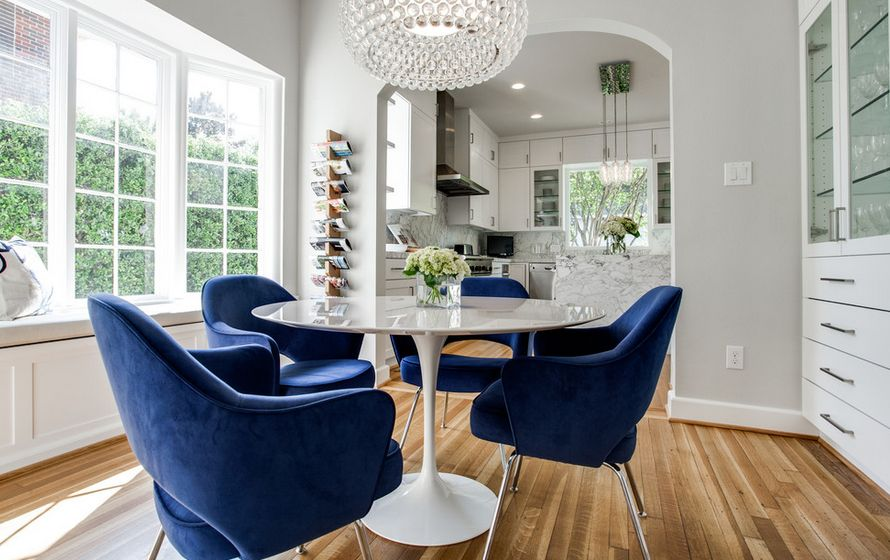 Comfortable Blue Armchairs For Saarinen Tulip Table