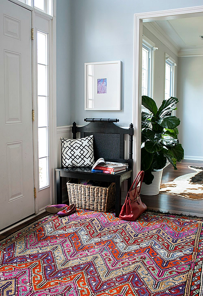 Foyer Into Room : Tips for creating an entryway in less home