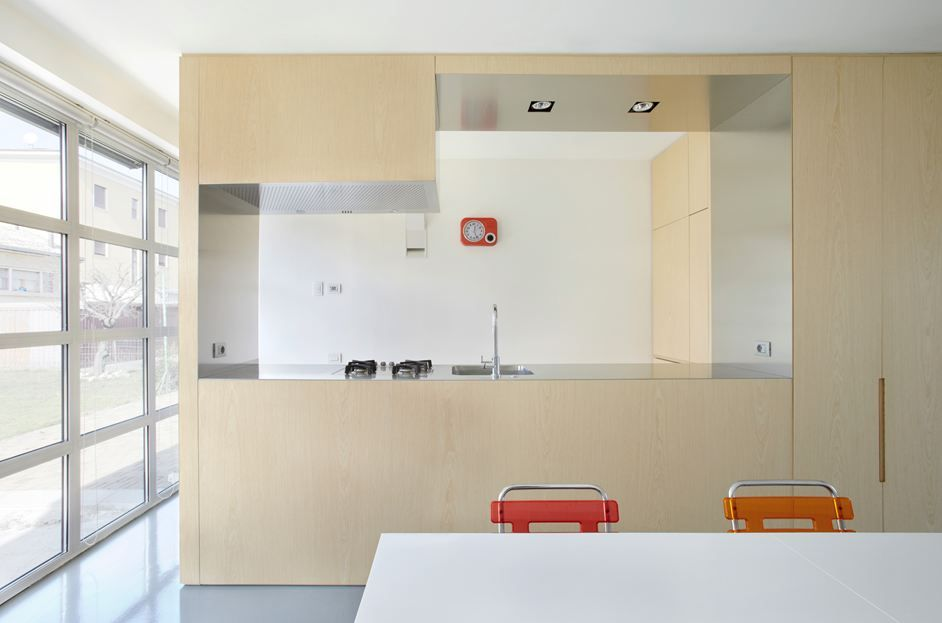 kitchen designed by Roberto Zanoletti