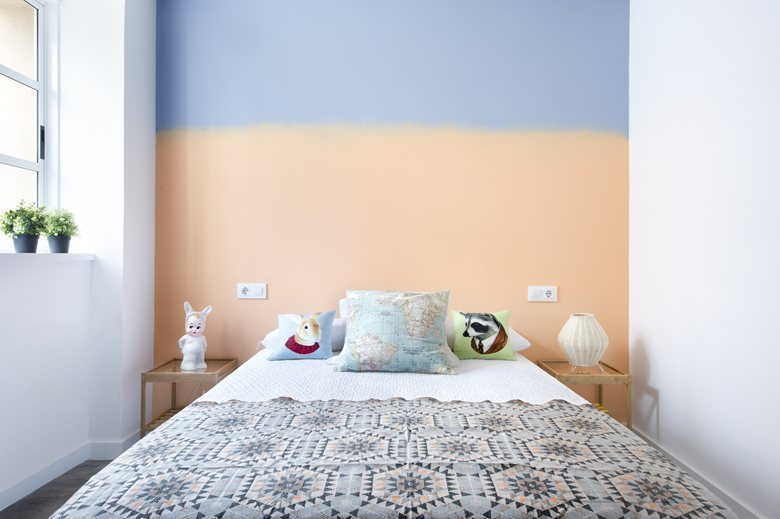small apartment in Spain bedroom color scheme
