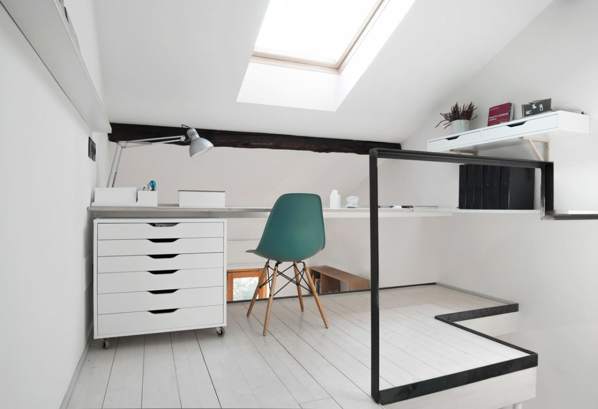 small milan apartment office desk