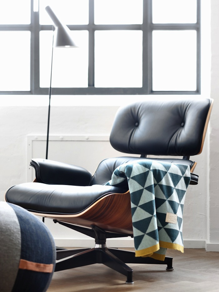 The Eames Lounge Chair: Iconic, Comfortable And Versatile Ideas