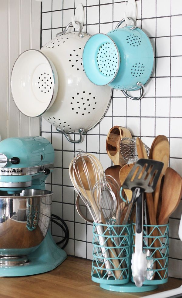 Aqua kitchen accessories