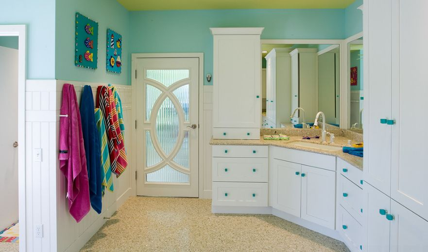 Bathroom with a curved door design. Your Best Options When Choosing A Bathroom Door Type