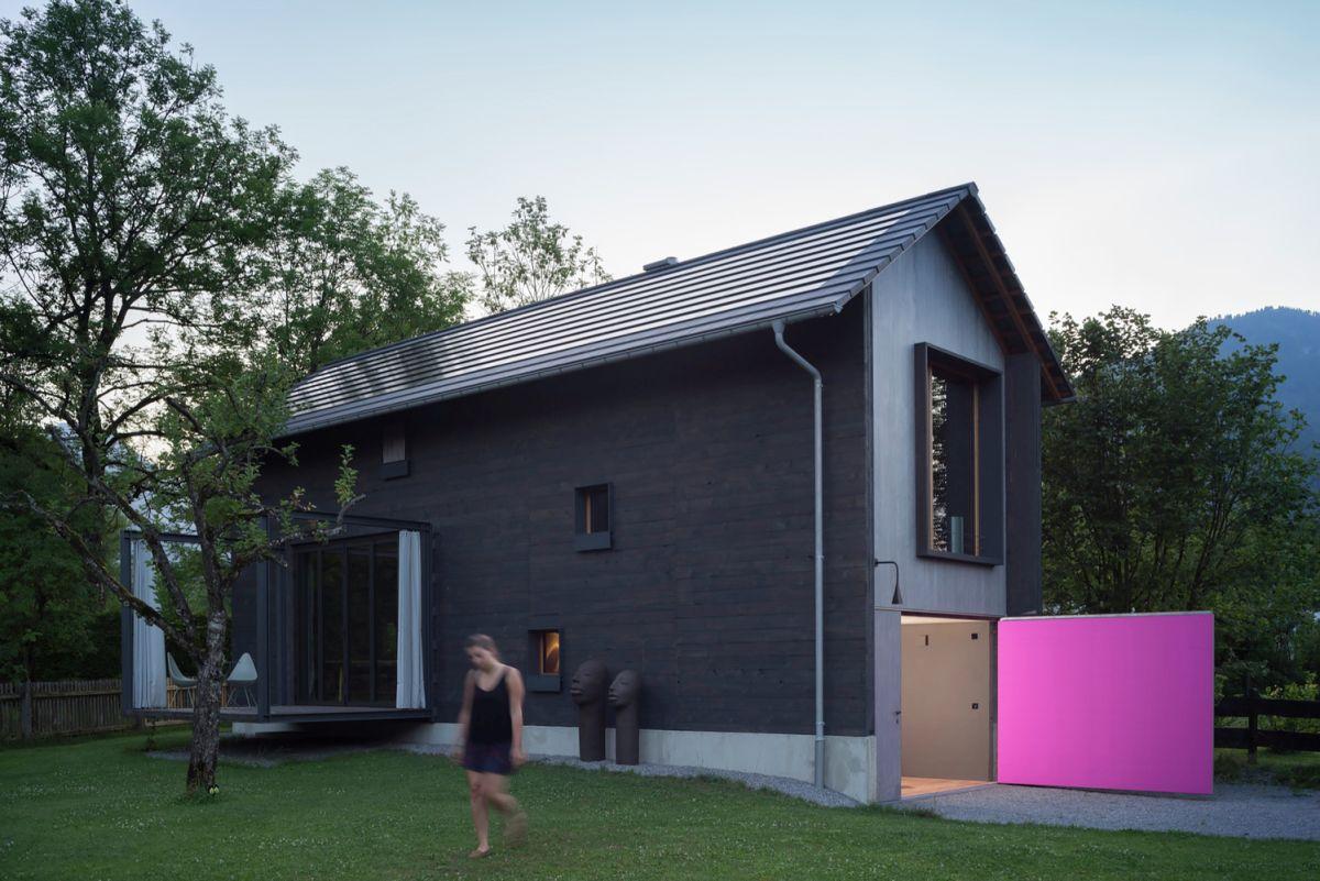 Bavaria retreat facade color