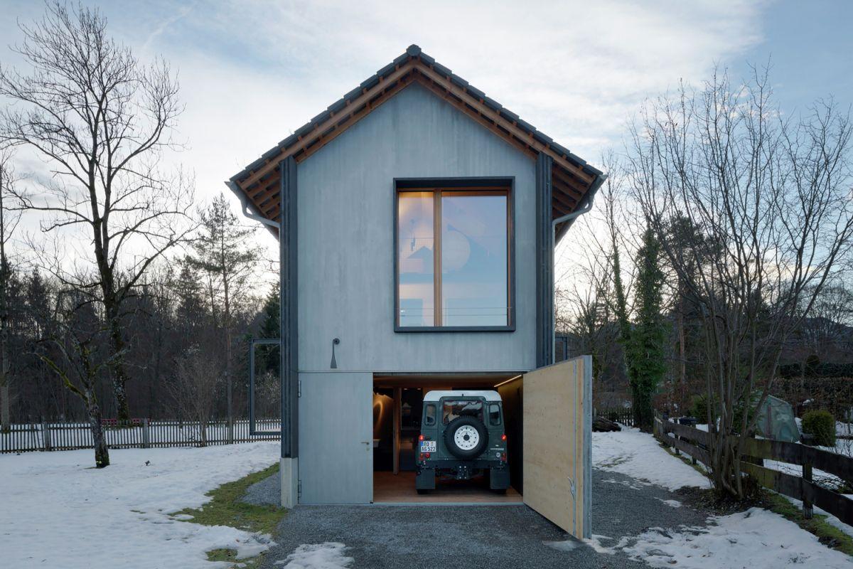 Bavaria retreat garage