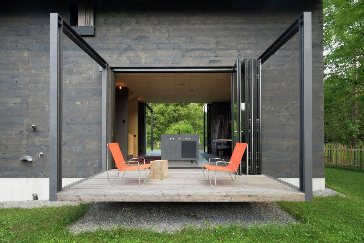 Bavaria retreat terrace cntilever