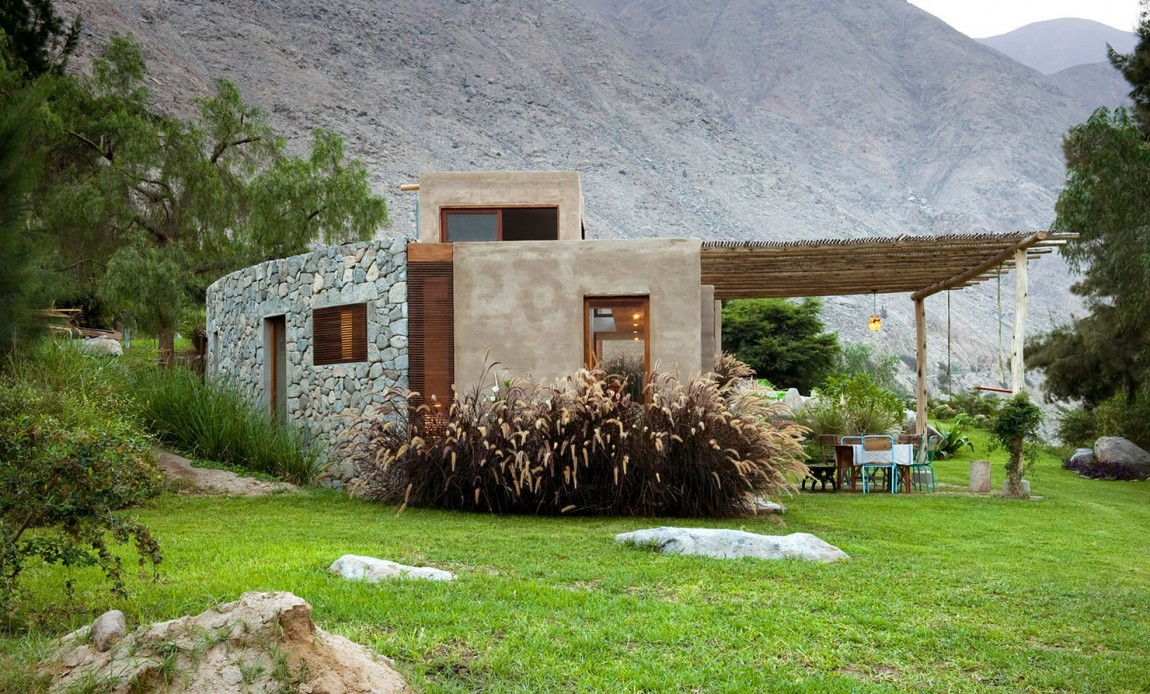 Casa Chontay flora and landscape