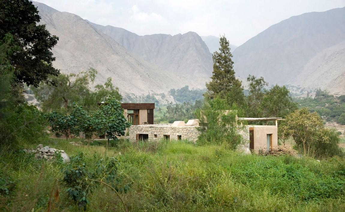 Casa Chontay location and views