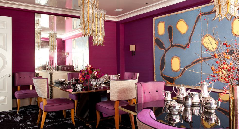 Dining in style with fuchsia color