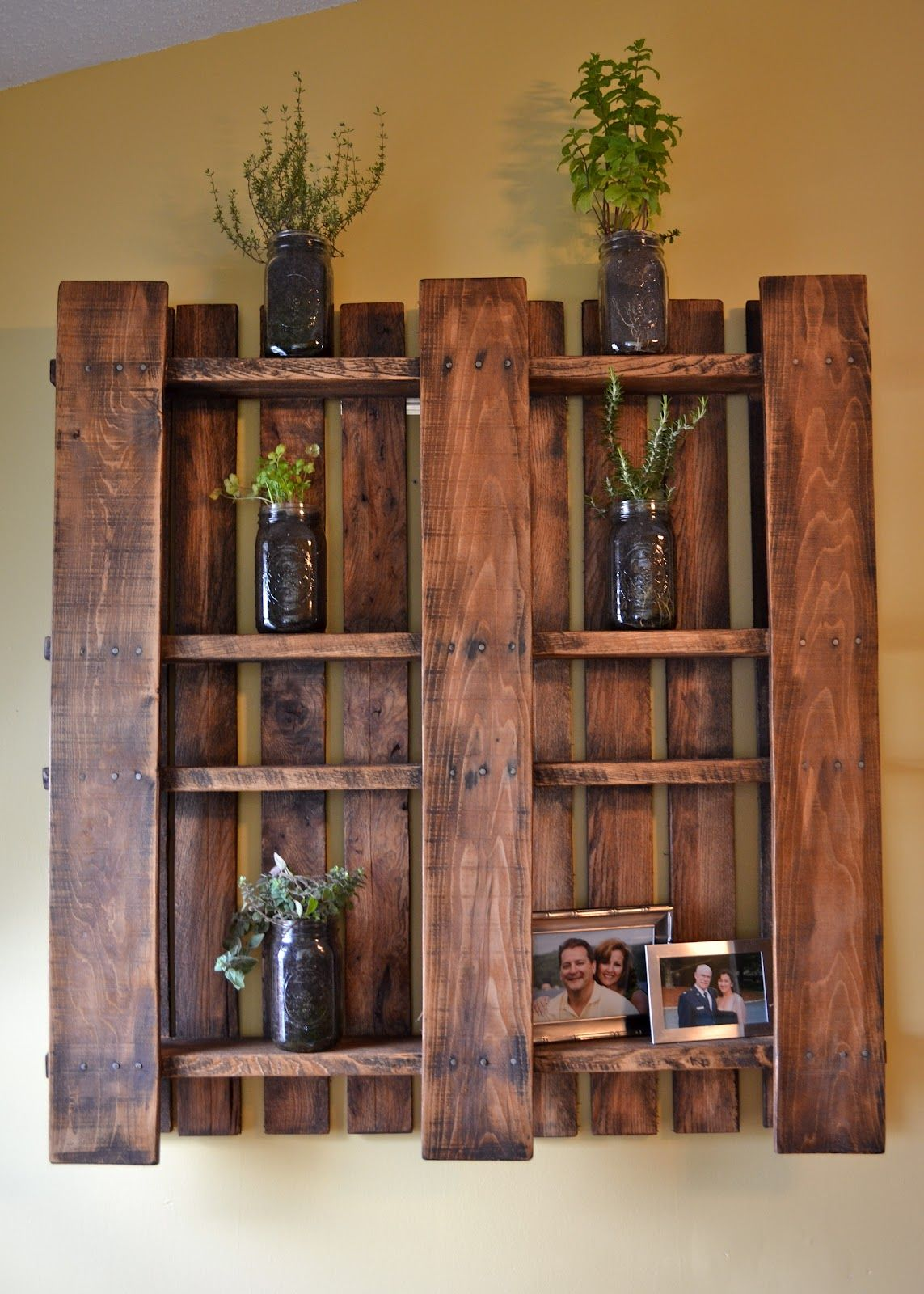 Design Wood Pallet Shelves creative and engaging designs featuring pallet shelves