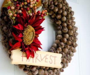 Fall Accents To Incorporate Into Your Welcome Wreath