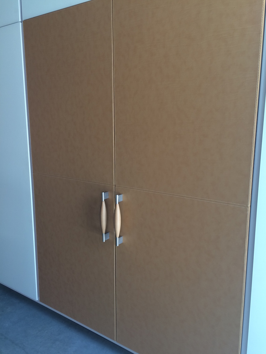 Fridge with leather paint