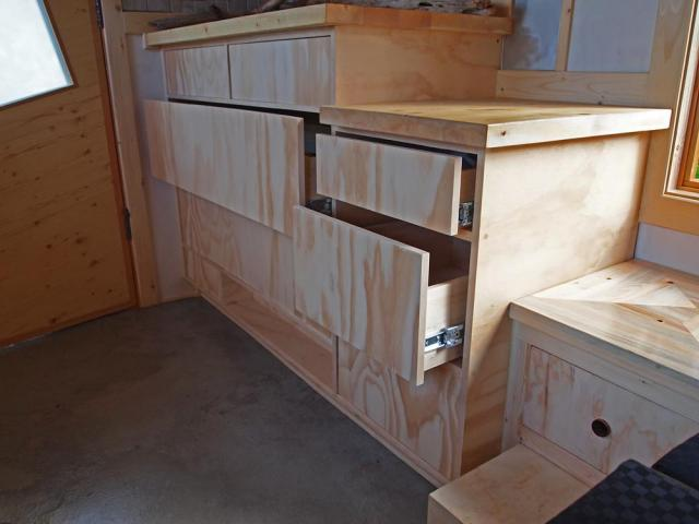 Gnomadik micro cottage drawers