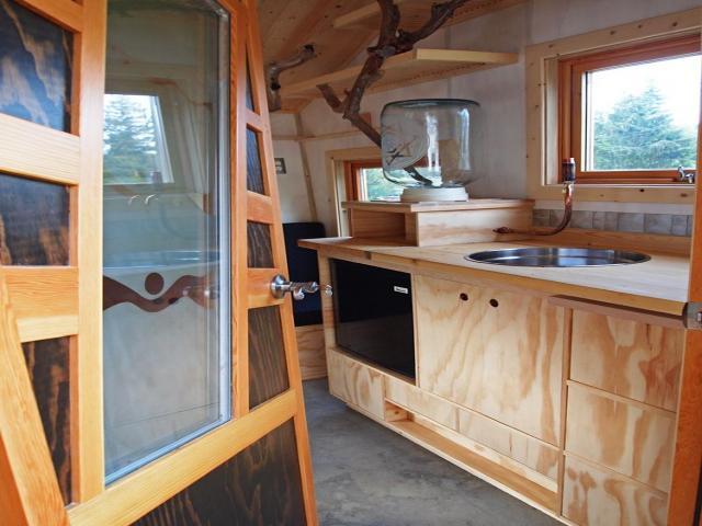 Gnomadik micro cottage interior