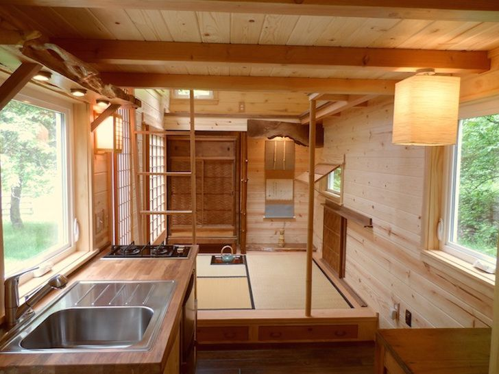 Japanese inspired teahouse on wheels Interior