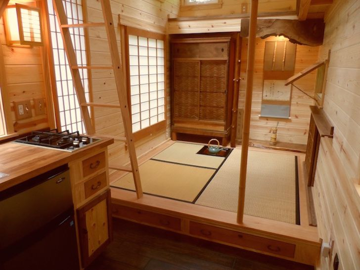 Japanese inspired teahouse on wheels seating