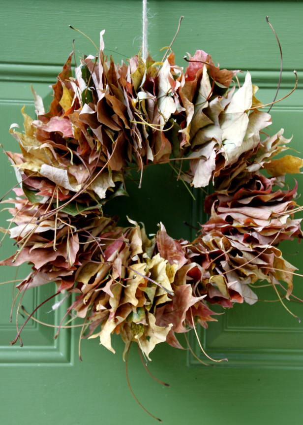 Leaves wreath for front door