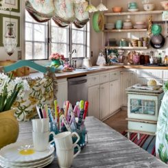 20 Elements Necessary For Creating A Stylish Shabby Chic Kitchen